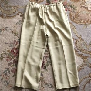 Tommy Bahama 100% silk pants size 10